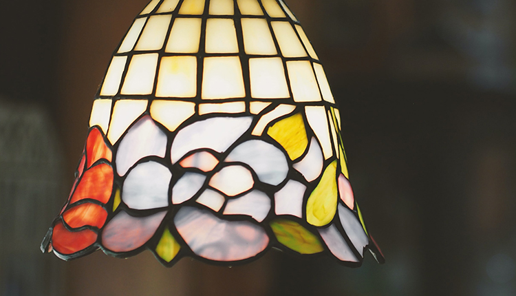 Traditional light with detail design